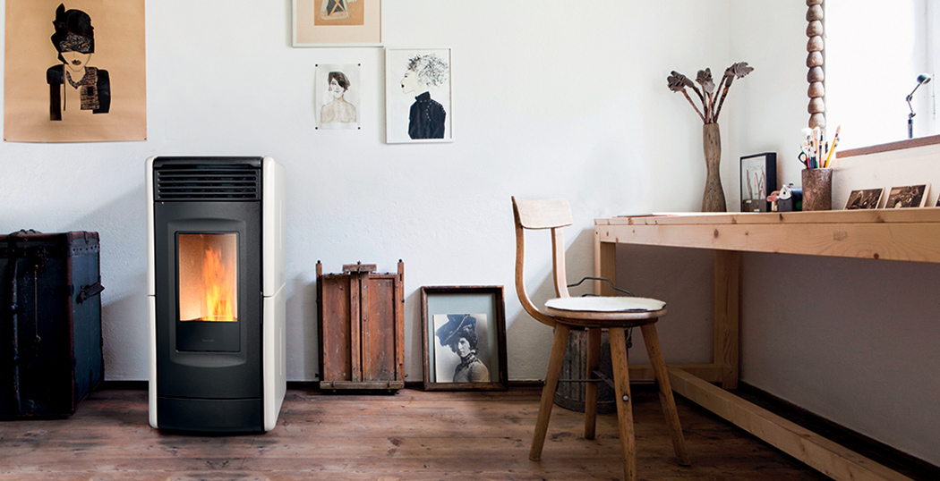 The Vittoria ventilated wood pellet stove stands out with its streamlined shape