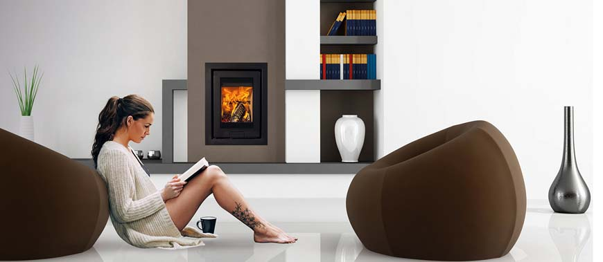 The Di Lusso R4 Wood Burning Stove is the ideal addition to any room- with a nominal output of 2.0kW and a max of 6.0kW.